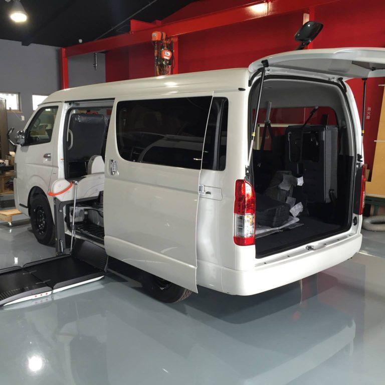 【福祉車両コンプリートカー】 ハイエースGL サイドアクセス車いす移動車