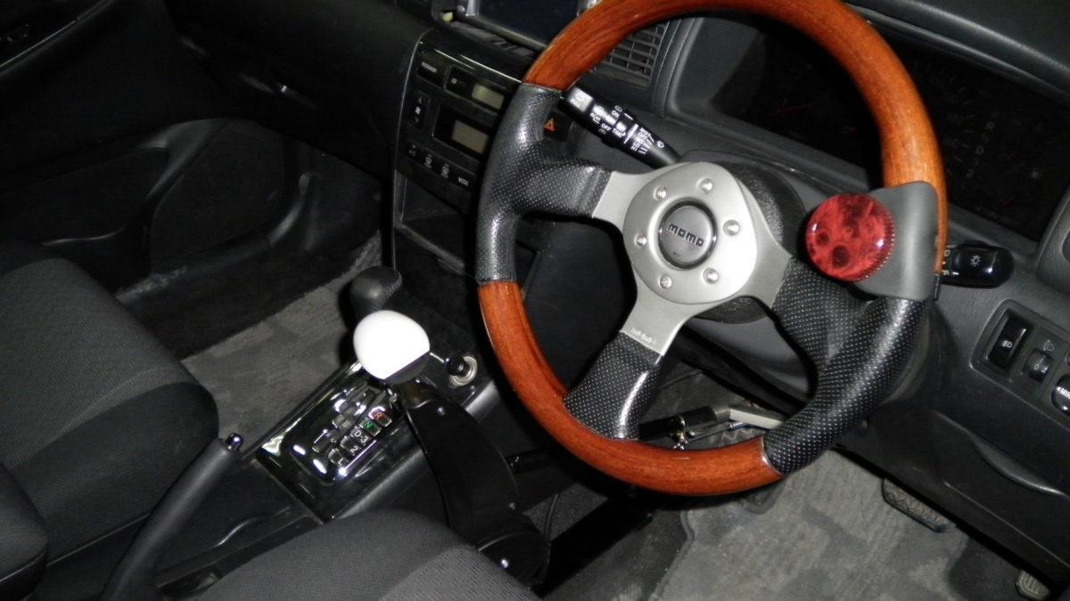 トヨタ カローラフィールダー X カロスピードメノックスの福祉車両改造事例1