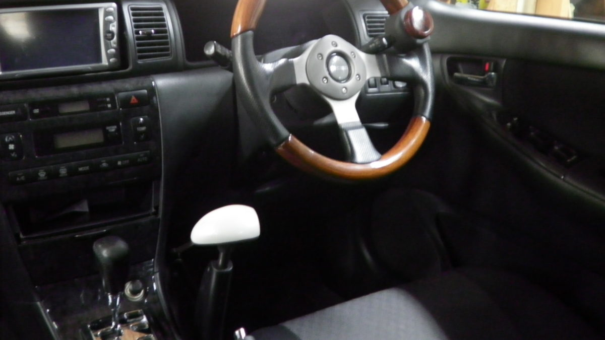 トヨタ カローラフィールダー X カロスピードメノックスの福祉車両改造事例3