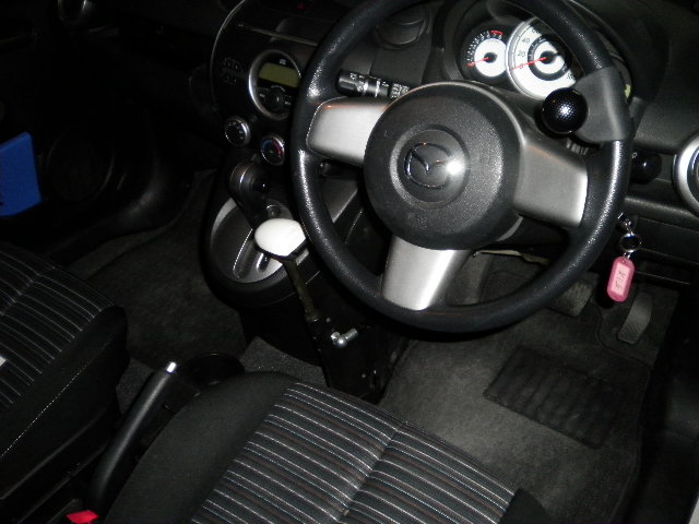 マツダ デミオ X カロスピードメノックスの福祉車両改造事例3