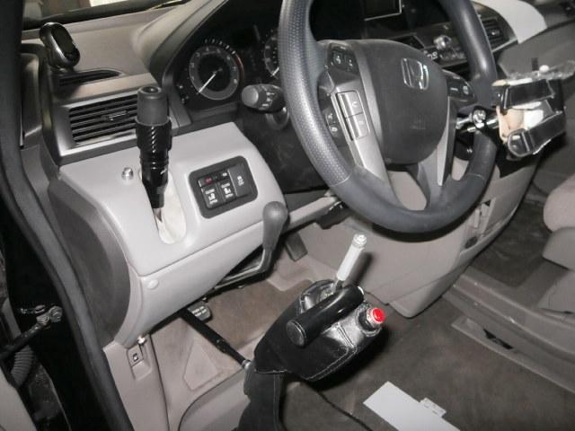 USオデッセイ X ブラウンアビリティ 自操式車両の福祉車両改造事例2