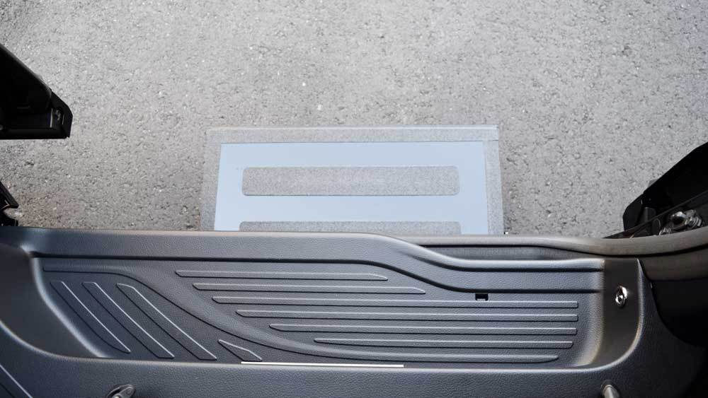 アルファード X 補助ステップの福祉車両改造事例5