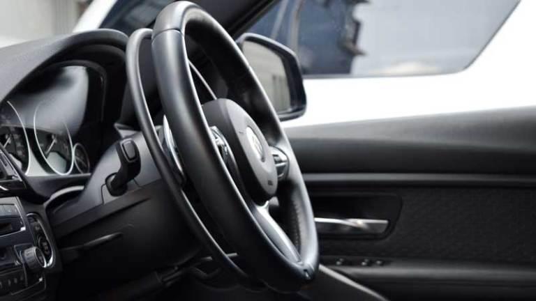 BMW 328ⅰX アクセルリング&ブレーキシステムの福祉車両改造事例4