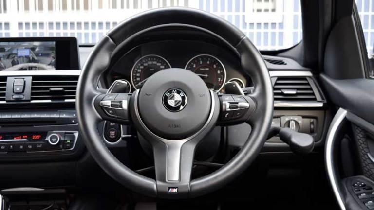 BMW 328ⅰX アクセルリング&ブレーキシステムの福祉車両改造事例3