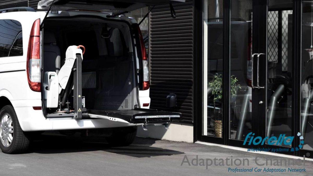 メルセデスベンツ Vクラス X フィオレラリフトF360の福祉車両改造事例3
