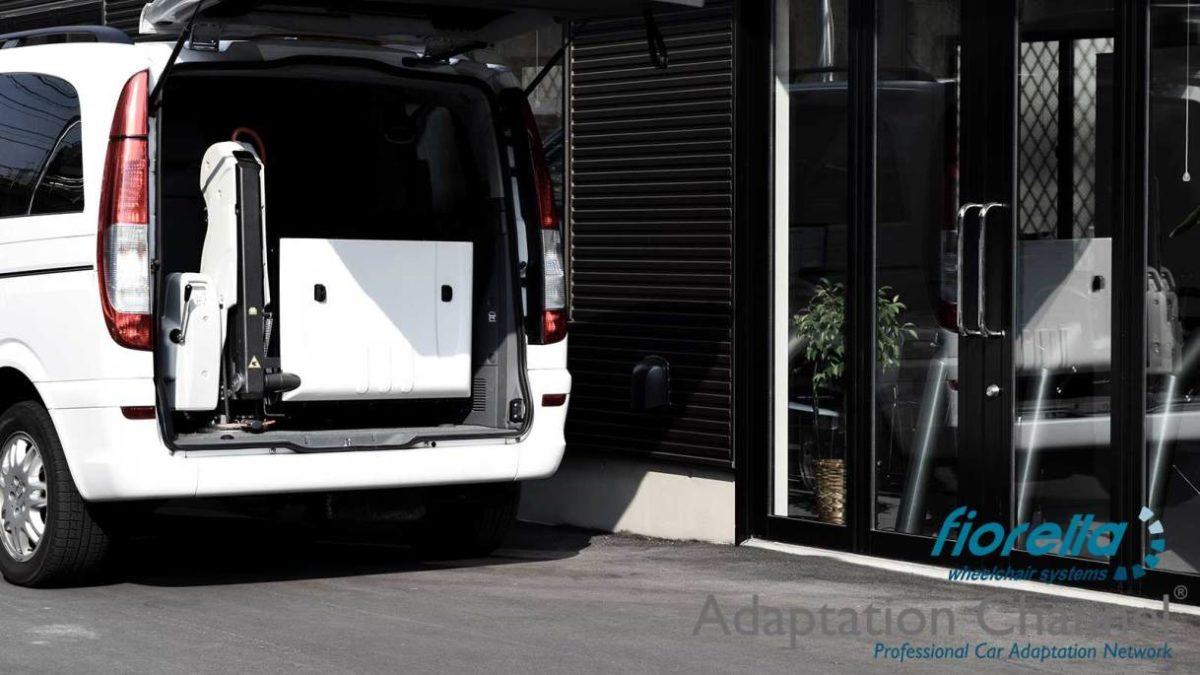 メルセデスベンツ Vクラス X フィオレラリフトF360の福祉車両改造事例4