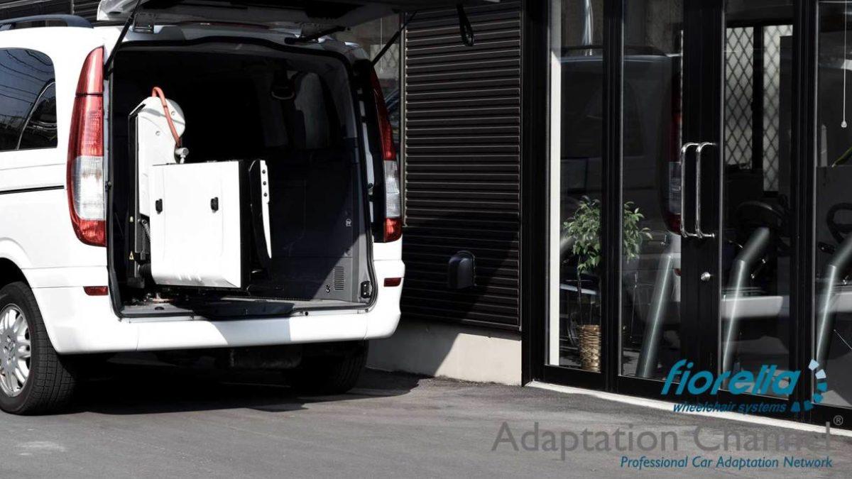 メルセデスベンツ Vクラス X フィオレラリフトF360の福祉車両改造事例5