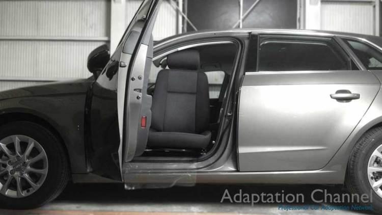 アウディA3 X ターンアウトの福祉車両改造事例2