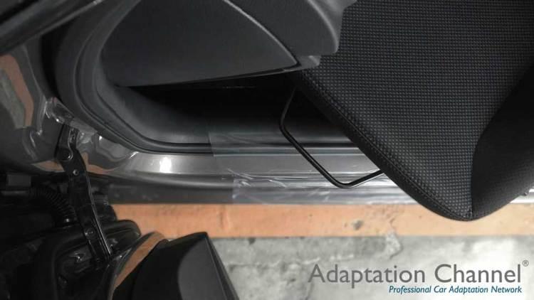 アウディA3 X ターンアウトの福祉車両改造事例3