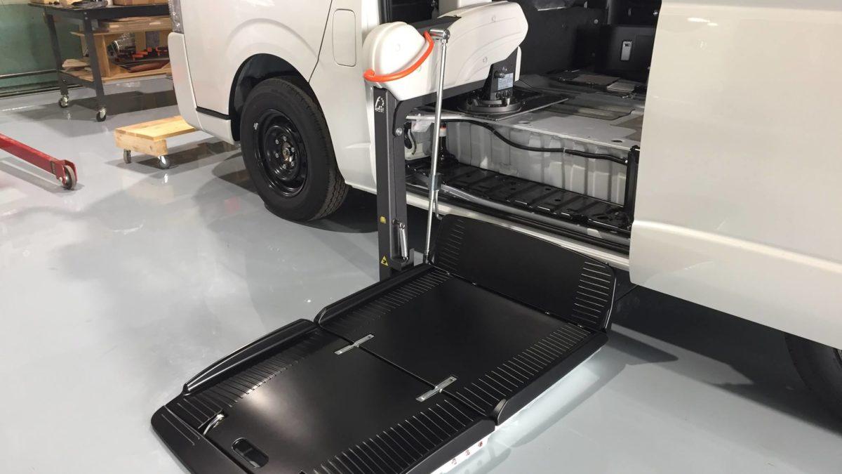 ハイエースGL X フィオレラリフト サイドエントリーの福祉車両改造事例5