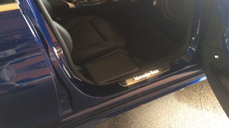 メルセデスベンツCクラス X サイドサポートシート 可倒式の福祉車両改造事例4
