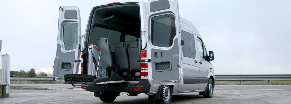 メルセデスベンツ スプリンター X フィオレラリフトF360EXの福祉車両改造事例2