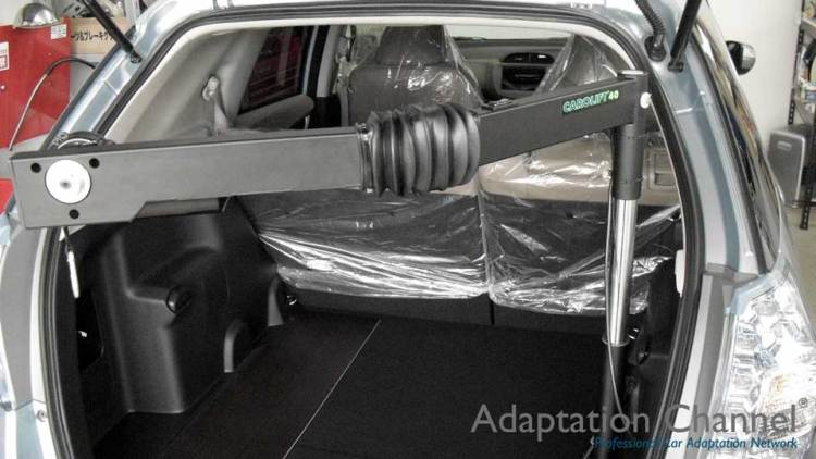 ホンダ フィット  X  カロリフト40の福祉車両改造事例2
