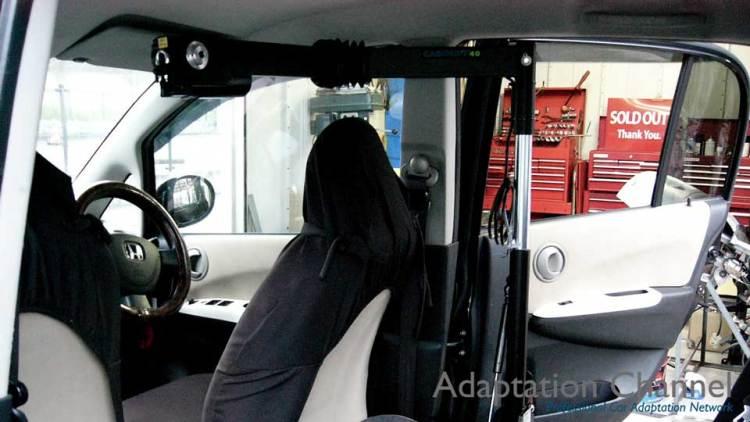 ホンダ ライフ  X  カロリフト40 運転席verの福祉車両改造事例4