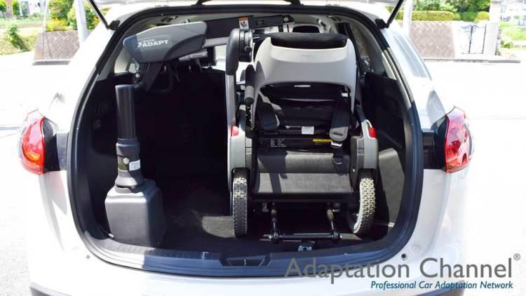 マツダ CX-5 X カロリフト + WHILLの福祉車両改造事例2