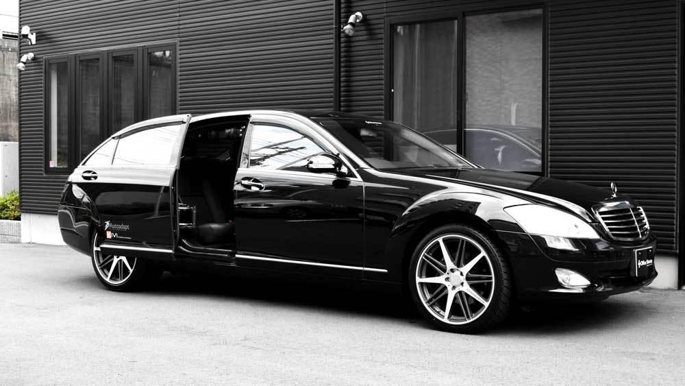 メルセデスベンツ Sクラス X  KIVIスライドドア&ピラーリフトの福祉車両改造事例2