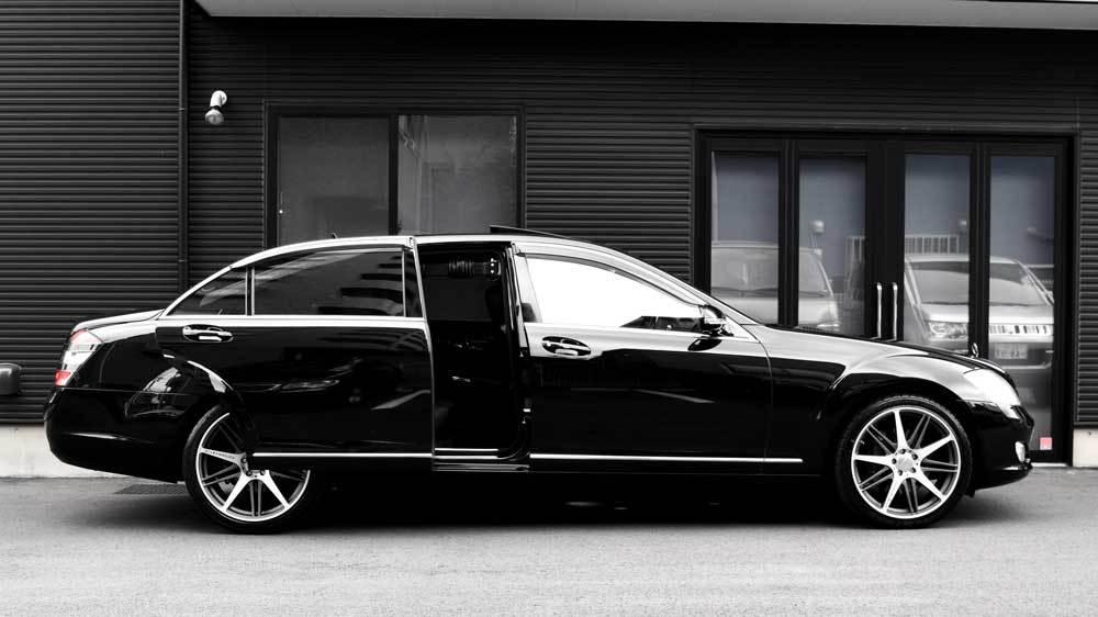 メルセデスベンツ Sクラス X  KIVIスライドドア&ピラーリフトの福祉車両改造事例3