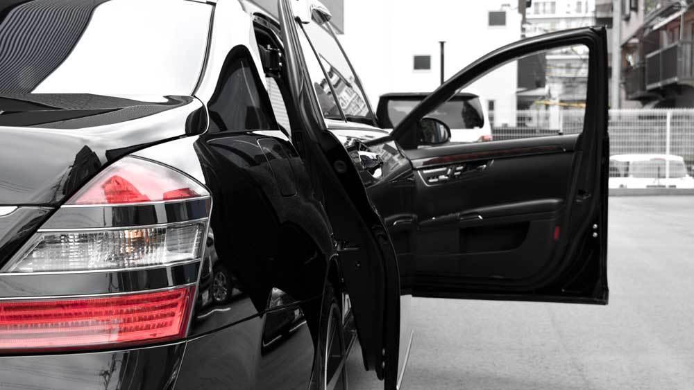 メルセデスベンツ Sクラス X  KIVIスライドドア&ピラーリフトの福祉車両改造事例4