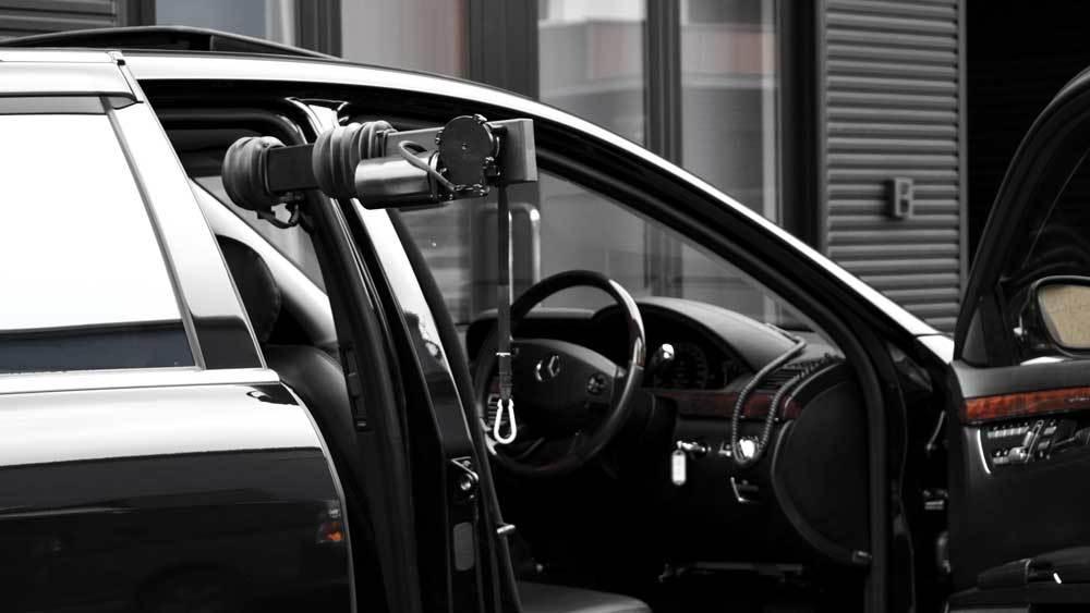 メルセデスベンツ Sクラス X  KIVIスライドドア&ピラーリフトの福祉車両改造事例5