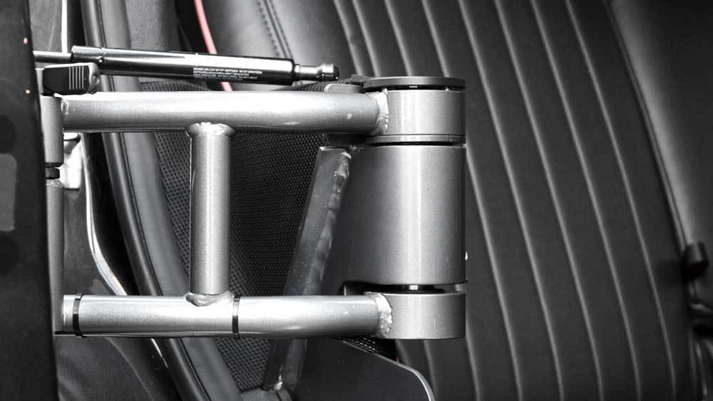 MINIクロスオーバー X  KIVIスライドドアシステムの福祉車両改造事例7