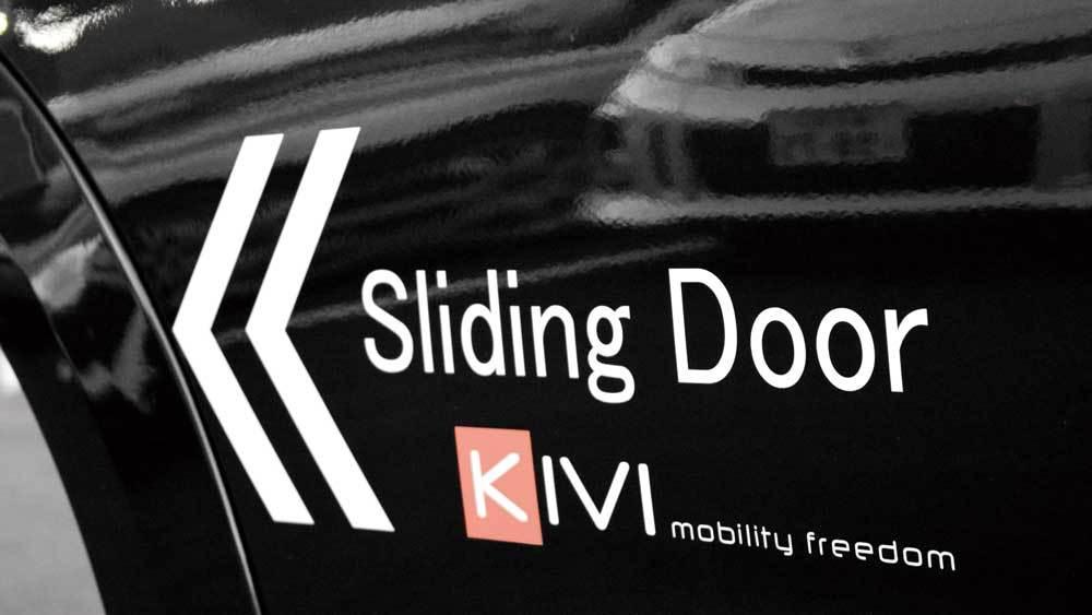 MINIクロスオーバー X  KIVIスライドドアシステムの福祉車両改造事例3