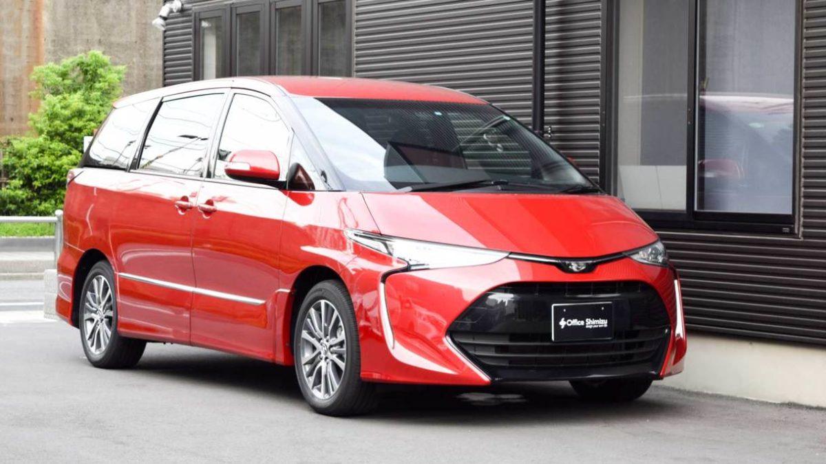 トヨタ エスティマ X  KIVIピラーリフト 車いす積載用の福祉車両改造事例1