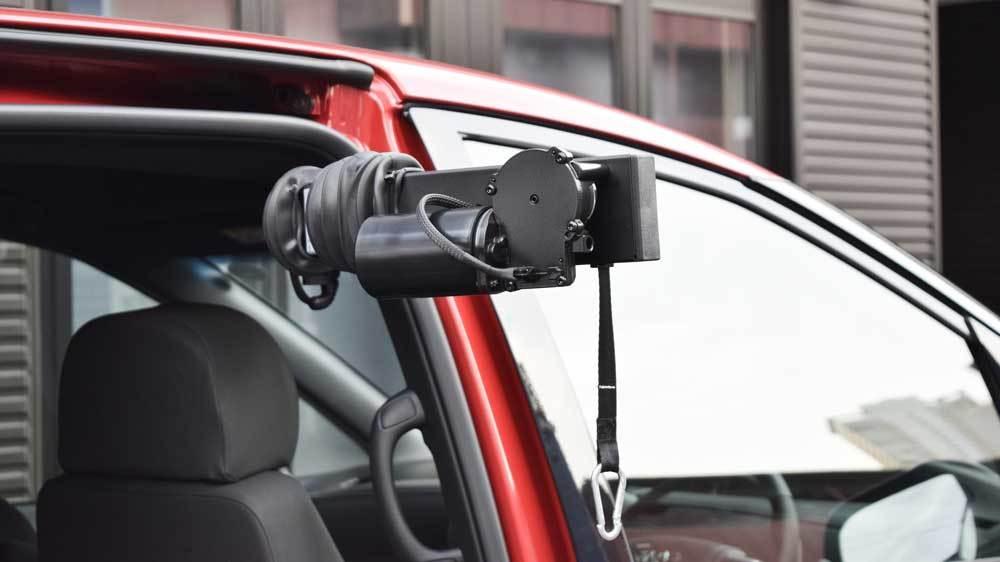 トヨタ エスティマ X  KIVIピラーリフト 車いす積載用の福祉車両改造事例3