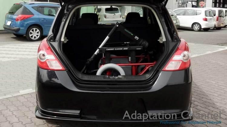 日産ティーダ  X  カロリフト40 車いす収納リフトの福祉車両改造事例4