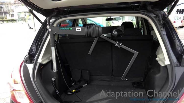 日産ティーダ  X  カロリフト40 車いす収納リフトの福祉車両改造事例3
