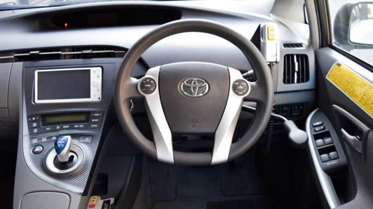 手動運転装置 アクセルリング&ブレーキシステム 改造事例