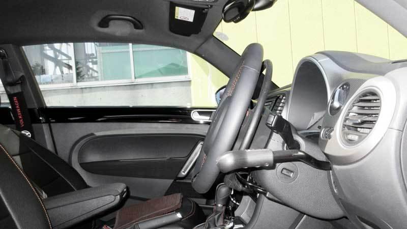 ザ・ビートル X アクセルリング&ブレーキレバーの福祉車両改造事例4