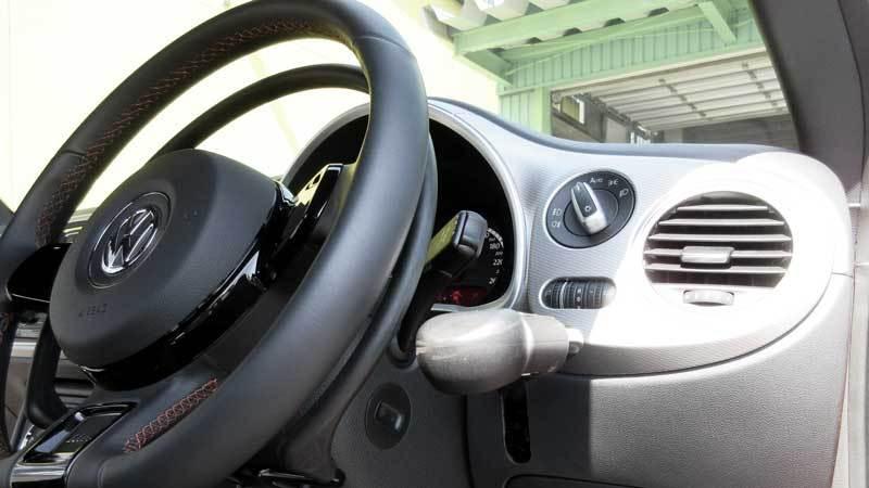 ザ・ビートル X アクセルリング&ブレーキレバーの福祉車両改造事例5