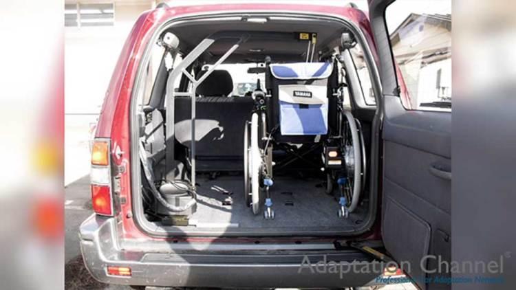 トヨタ ランドクルーザープラド  X  カロリフト90の福祉車両改造事例1