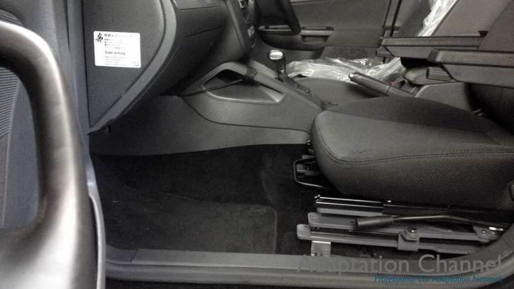 フォルクスワーゲン ヴァリアント X ターンアウトの福祉車両改造事例4