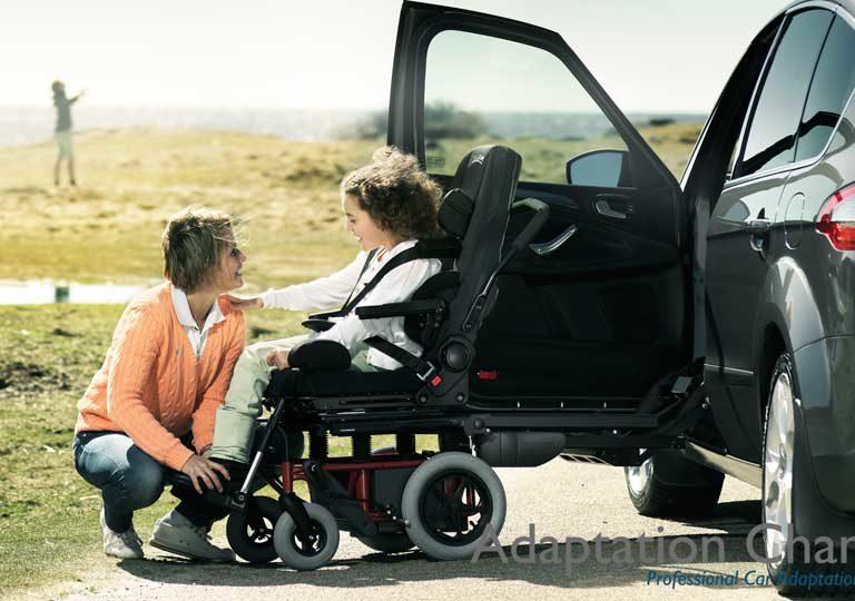 【誰にも聞けない話】 高齢者を安全に車に乗せる方法~普通自動車・軽四自動車編~