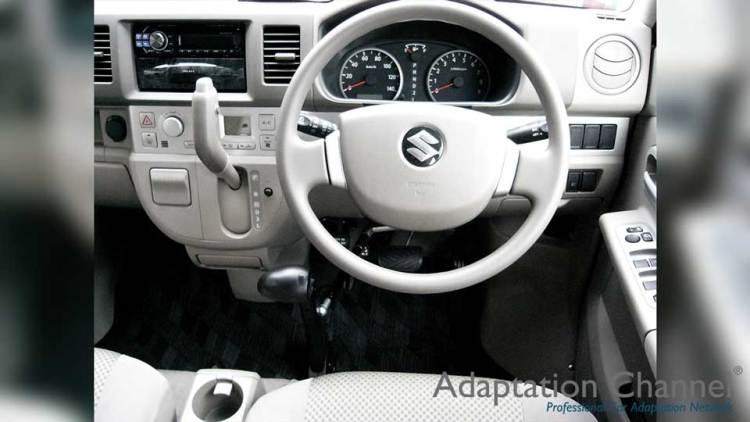 スズキ エブリー X カロスピードメノックスの福祉車両改造事例4