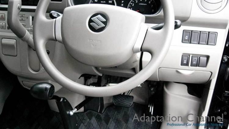 スズキ エブリー X カロスピードメノックスの福祉車両改造事例3
