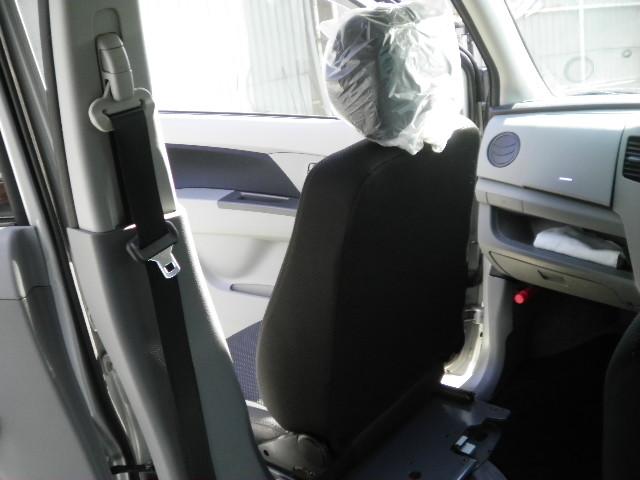 スズキ ワゴンR X ターンアウト(助手席回転シート)の福祉車両改造事例6