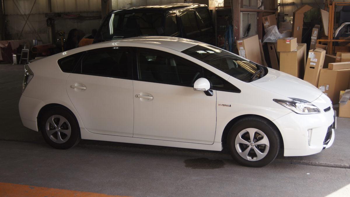 トヨタ プリウス X 見えるブレーキレバー(LF901ブレーキシステム)の福祉車両改造事例1