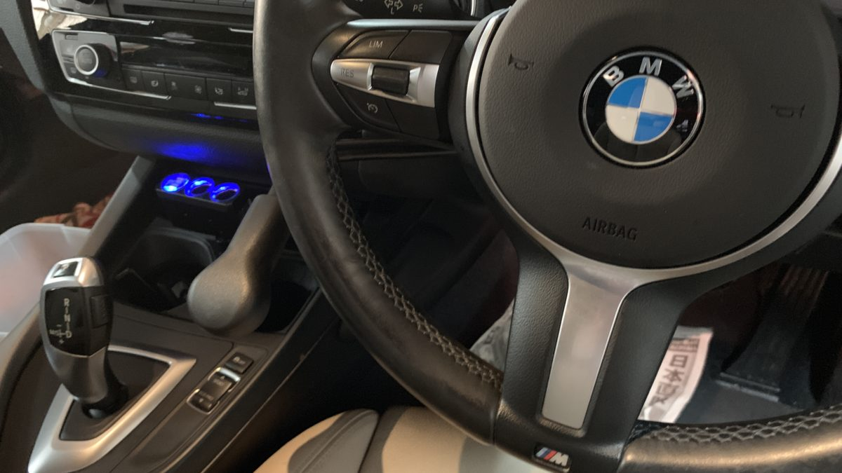 BMW 118ⅰ×補助ブレーキレバー(KIVI-LF901)の福祉車両改造事例5